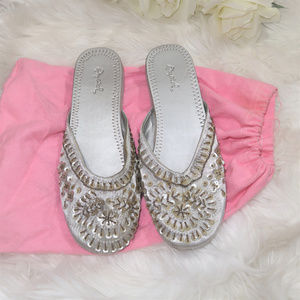 Qupid silver embllished sandals in women, size 8